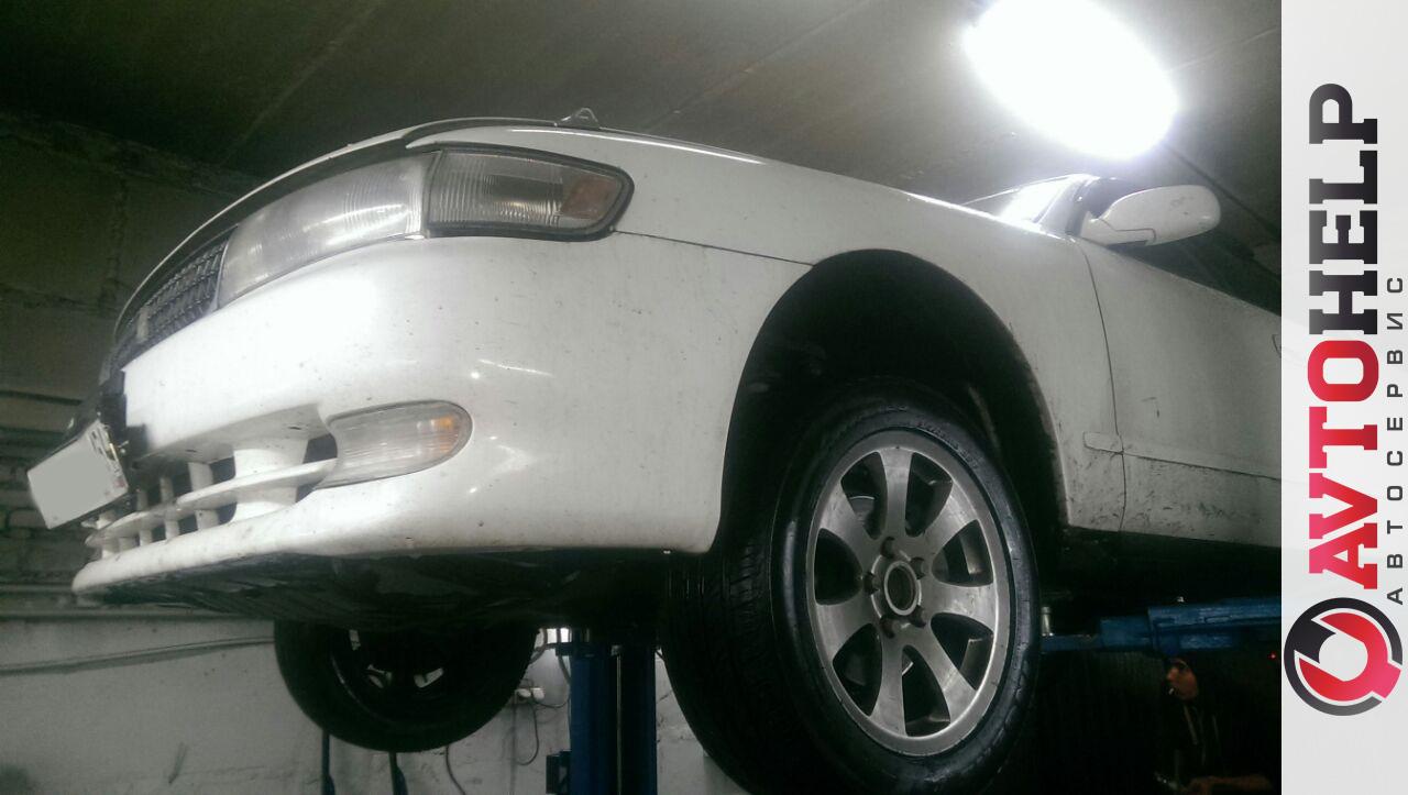 Toyota Chaser (Тойота Чайзер), замена развальной тяги.