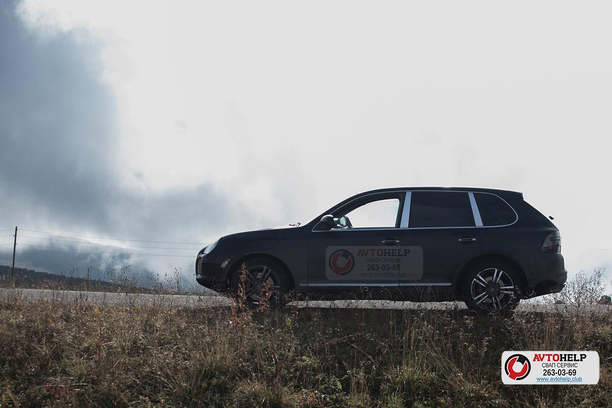 Порш Каен, после капитального ремонта двигателя, после гильзовки цилиндров. Проехал успешно до Семинского Перевала и обратно 1450 км. Средняя скорость была 120км/час, максимальная 200км/час.